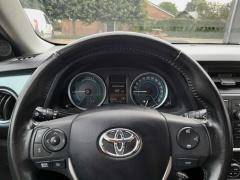 Toyota-Auris-12
