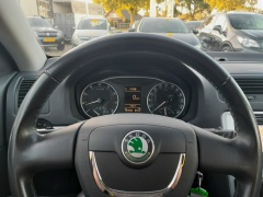 Škoda-Octavia-12
