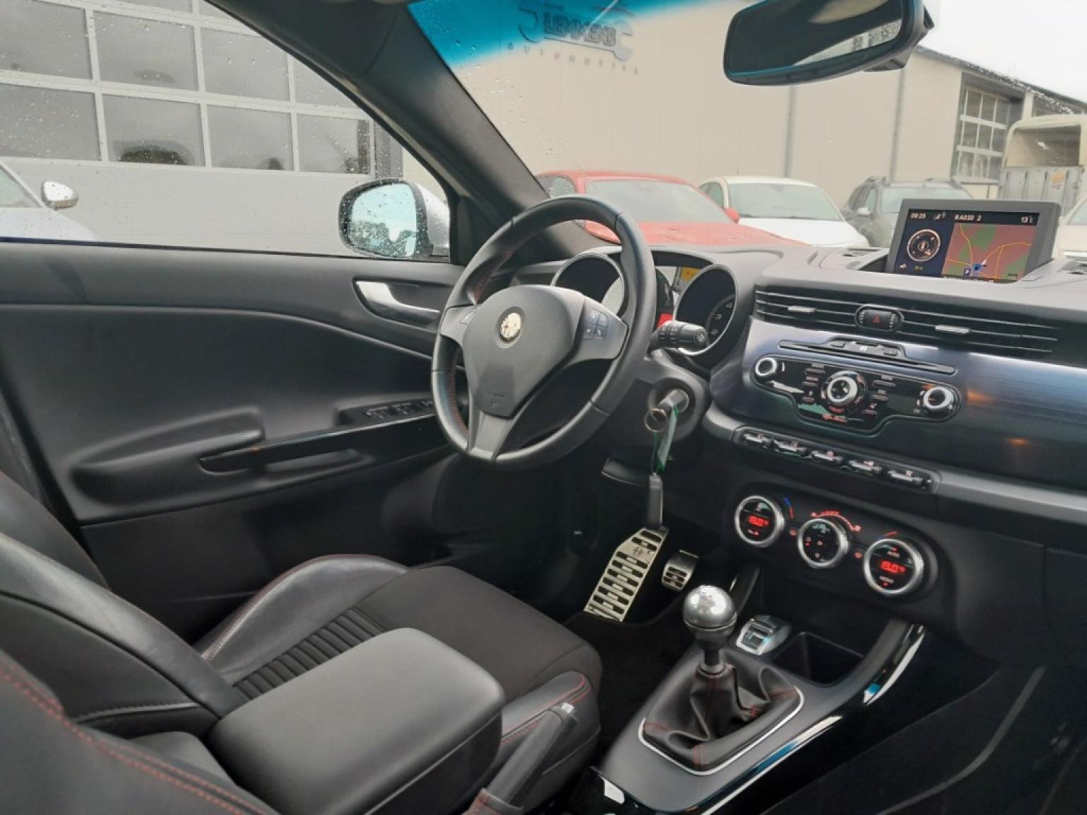 Alfa Romeo-Giulietta-7